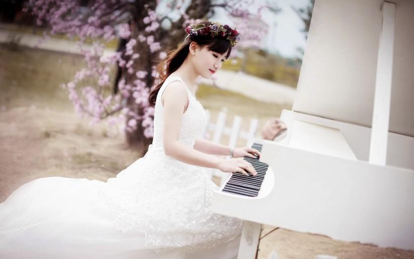 弹钢琴的气质是什么样子的? 高飞龙的回答