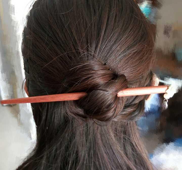 怎样用发簪挽头发?图片