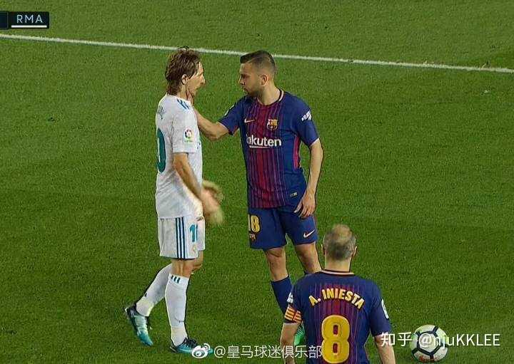 如何看待17-18赛季欧冠决赛拉莫斯侵犯萨拉赫?图片