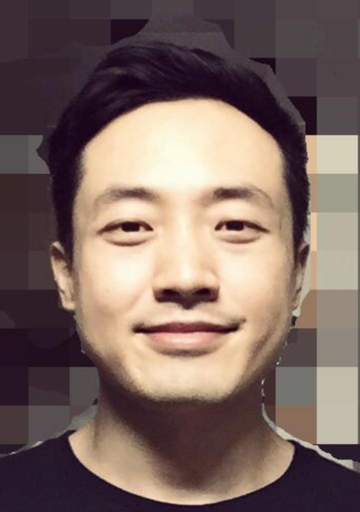 男生饼脸,发际线高且细软发质,是不是没有发型可以拯救了?图片