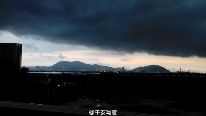 在深圳市新安中学高中部就读是一番体验?高中生cos云百度图片