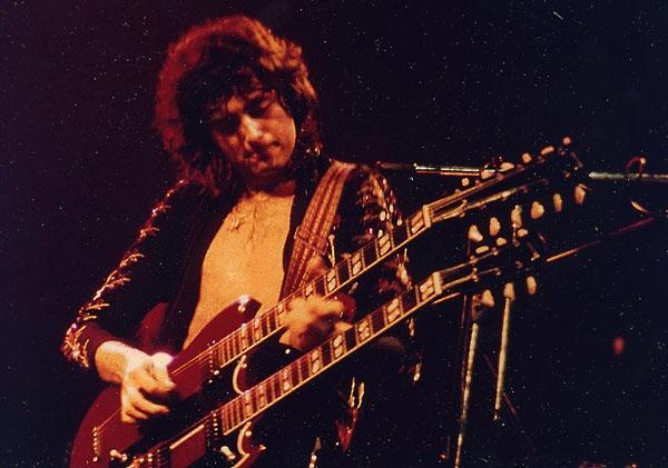 如何评一个吉他手在乐队的位置?