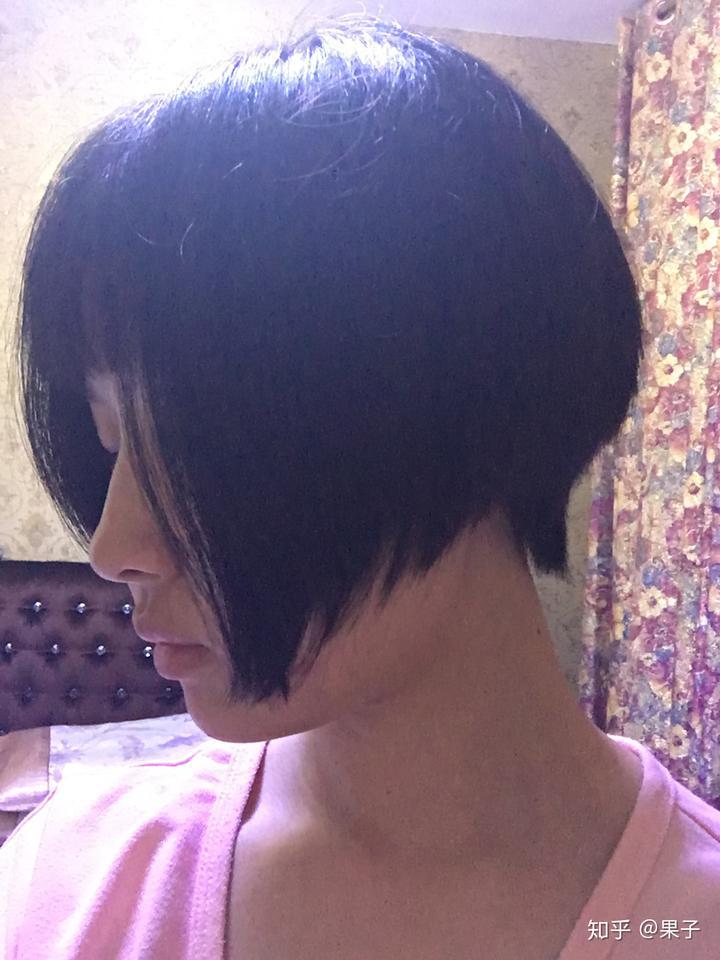 长发剪短发,或者突然换发型,并且剪毁了是一种什么体验?图片图片
