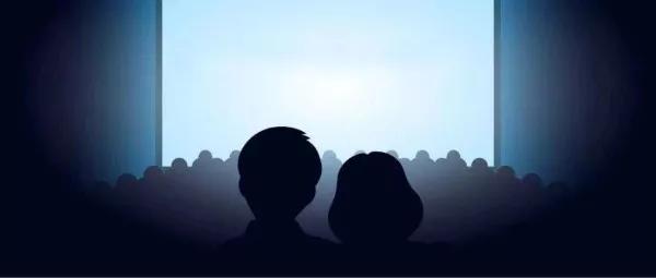 电影院看不清电影的我,是患上夜盲症了?有部香港台阶开头吻戏图片