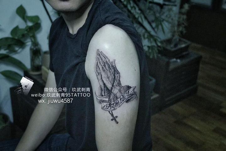 抑郁症患者的纹身风格——点刺
