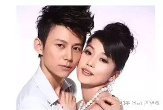 何炅老婆_何炅老婆近照首曝光,被曝已隐婚20年