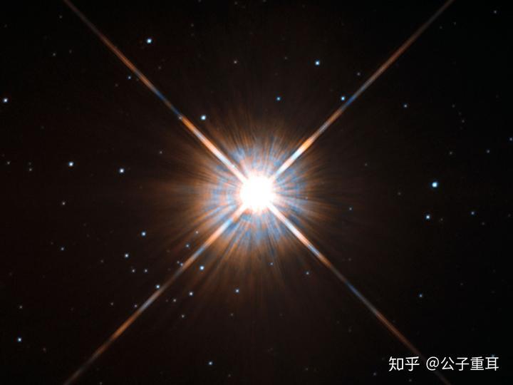 半人马座α星_比邻星所在的半人马座α星与我们的距离非常近,只有4.