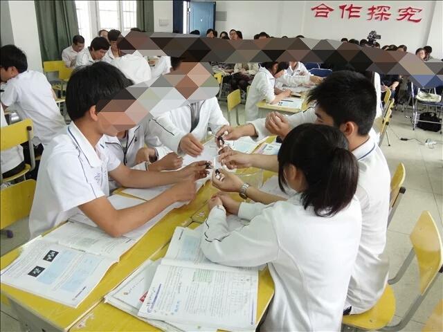 中国各地高中生的v单词有区别?-温粥的回单词背书有用的上吗高中图片