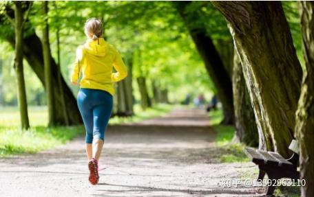 也实施容易坚持的健身减肥,减肥的产妇是非常好的,因为比较有氧运动运动效果瑜伽图片