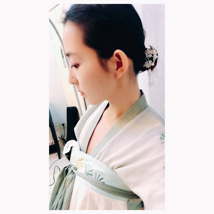 齐耳短发的汉服党妹子该怎么梳发型?
