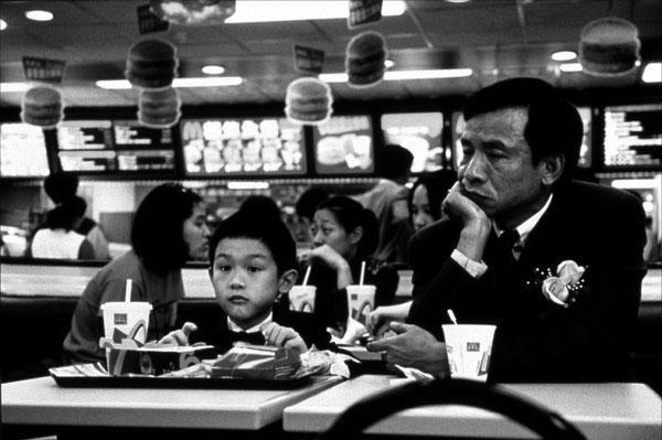 为什么孩子让中国家庭苦不堪言?