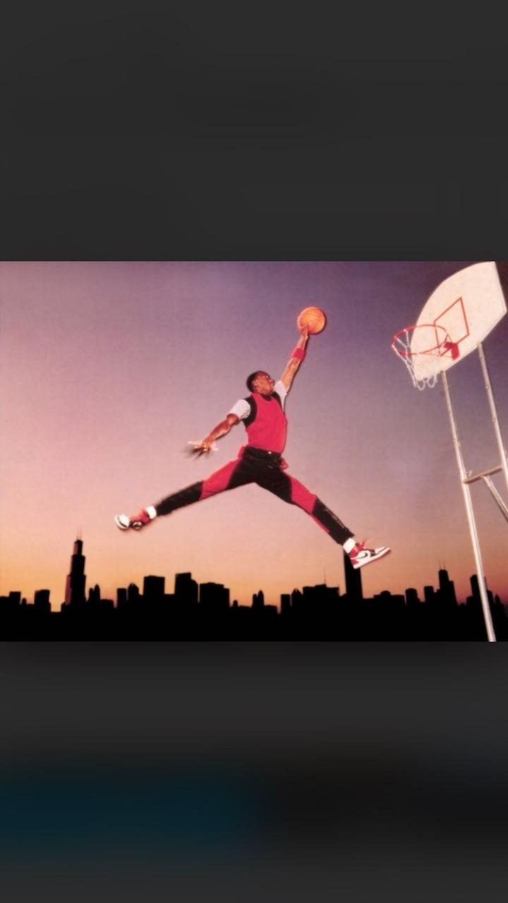 的照片_众所周知,aj jumpman logo来自于当年著名的广告照片\