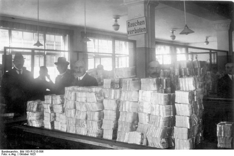 一万亿马克只能买一个面包——德国的恶性通货膨胀