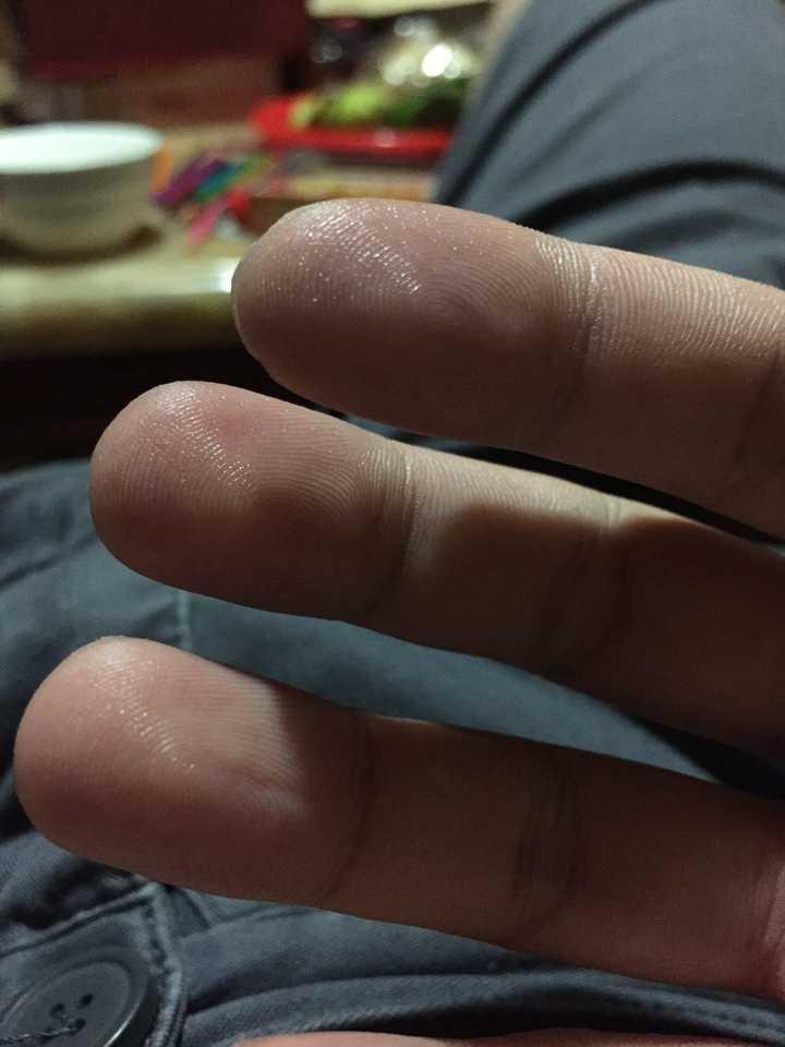 老婆淫水多视屏_随手拍一张现在的手指,都是淫水啊.