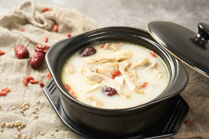 冬天喝什么汤比较好 冬天来了
