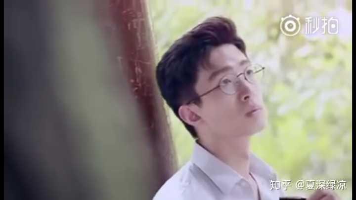 看到好多人答郭文韜 想起來了和他一起去《一站到底》的王老師王照宇圖片
