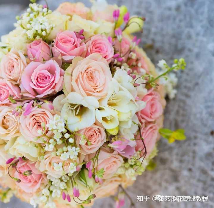 怎样学习花艺花束包装?