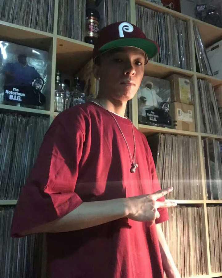 够屌的Rapper介绍:张睿 一位来自北京的DJ MC(图1)