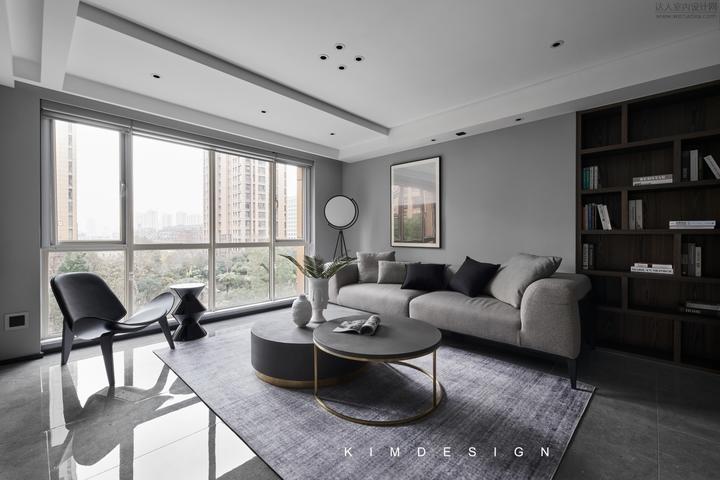 淺灰色墻面搭配什么樣顏色的地磚?