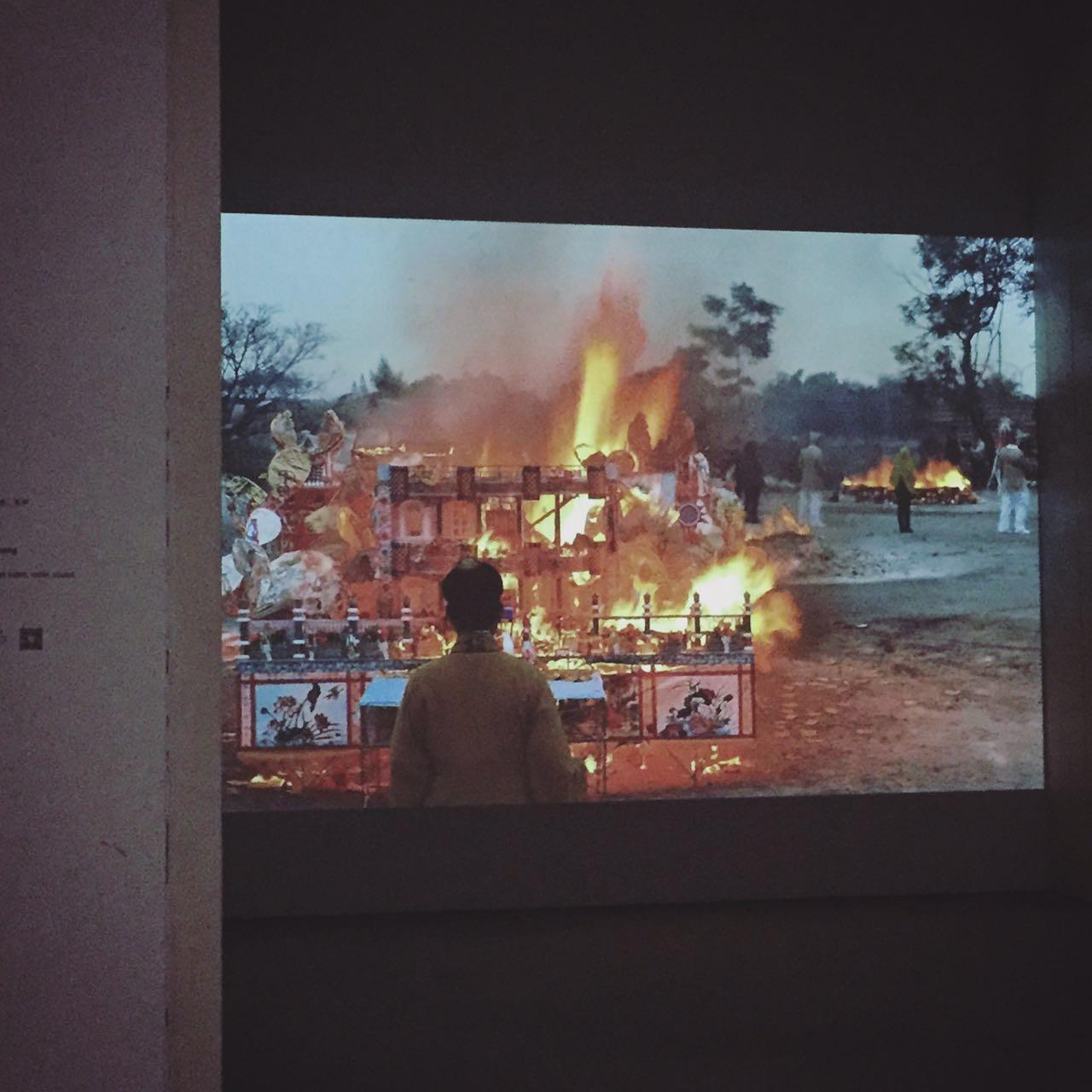 如何看懂一场艺术展览?
