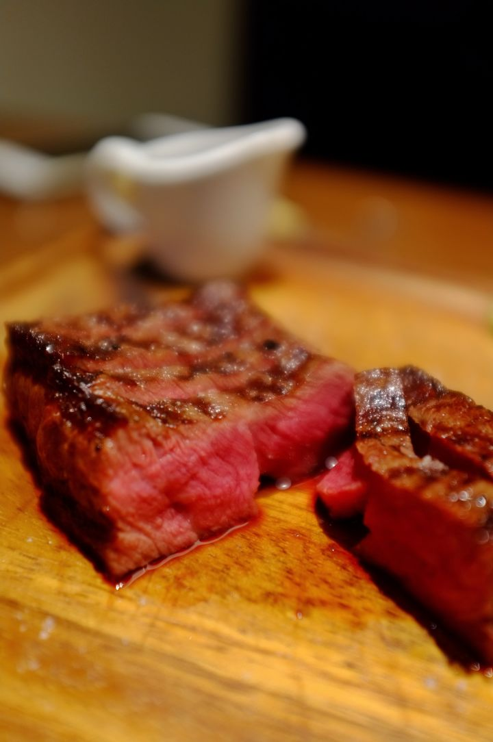 肉食主义 / 煎一块原汁原味的好牛排过圣诞