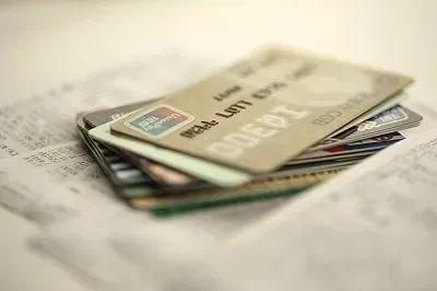 透支利息会影响信用吗(信用卡逾期会坐牢吗)