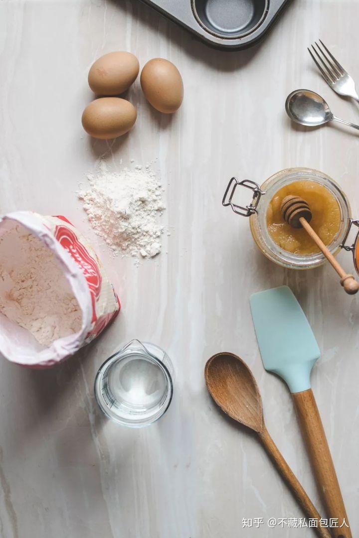 海绵蛋糕的做法 4点技巧助你做出好吃到飞起的海绵蛋糕