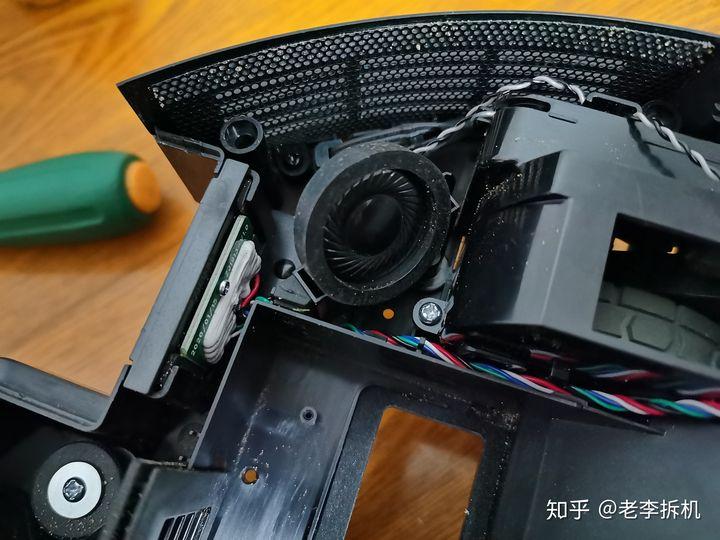 最新分享:科沃斯T8扫地机器人拆解内容必看 电器拆机百科 第7张