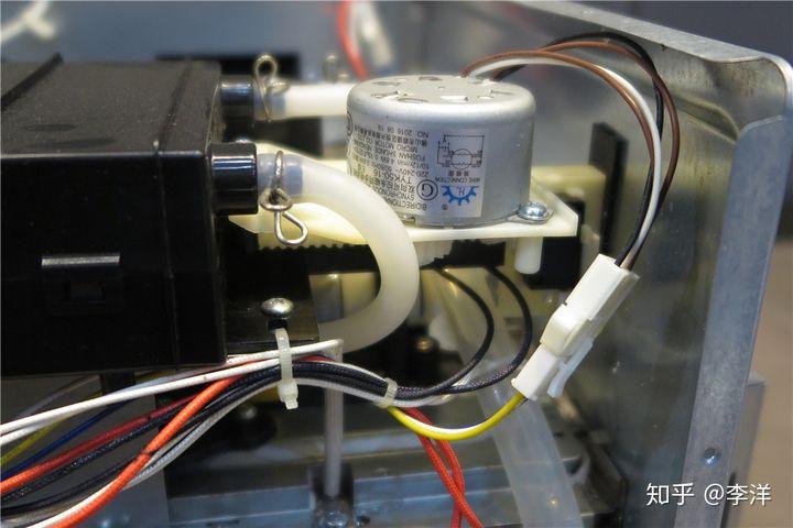 拆机评测:美的嵌入式蒸烤箱一体机TQN34FBJ-SA优缺点曝光 电器拆机百科 第14张