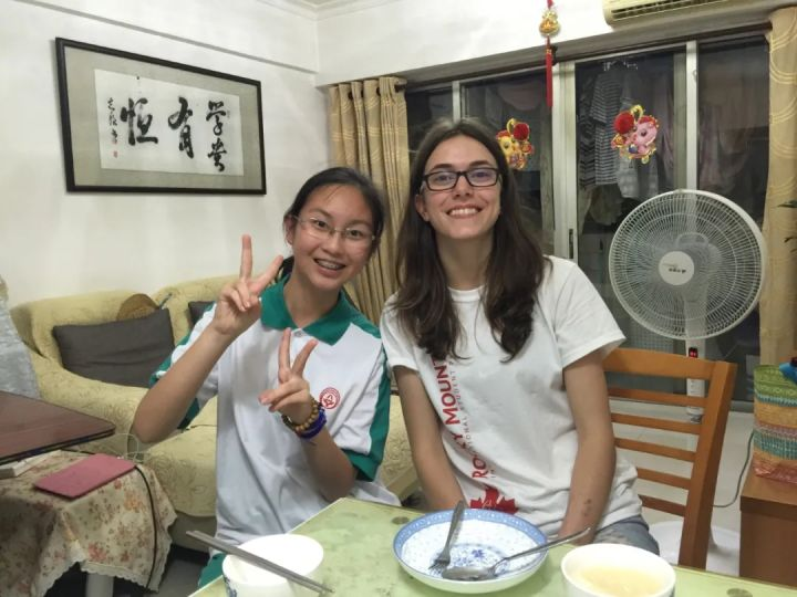 中国学生嗨了,朋友圈全是德国、瑞士、意大利、西班牙等欧洲国家的学生
