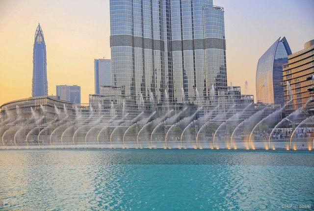 迪拜在哪(迪拜什么景点必去呢)