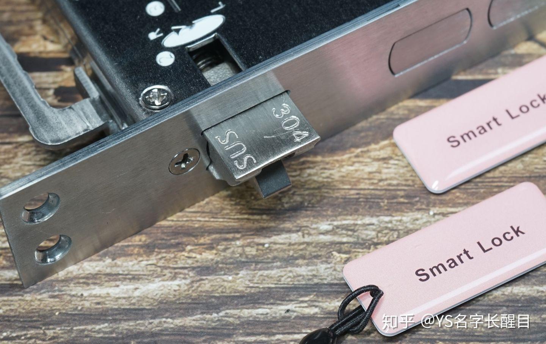 """【评测】""""嘿,Siri,开门了"""":神奇的小燕科技HomeKit全自动智能门锁"""