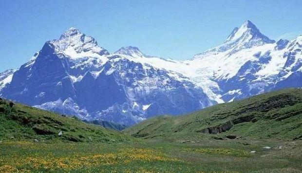 昆仑山在哪里(昆仑山有几个呢)