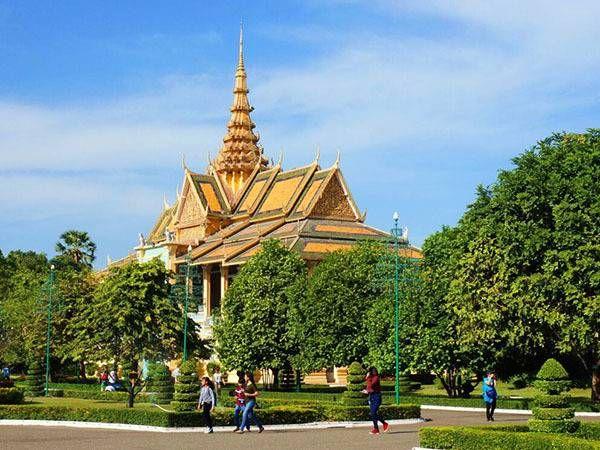 柬埔寨那边好挣钱吗(华人在柬埔寨危险吗 )