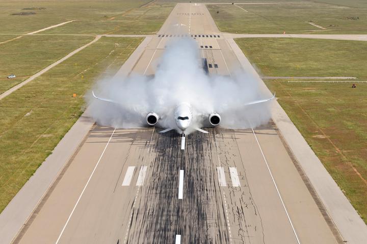 做不了「落汤机」的飞机,不能算是好飞机 第14张