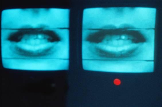 谷歌人工智能唇读术完虐人类,仅凭5千小时电视节目!