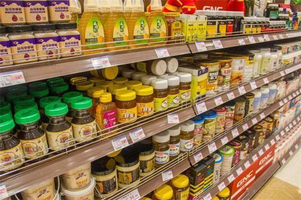什麽牌子♀的超市蜂蜜是好的?超市的蜂蜜是�幔�