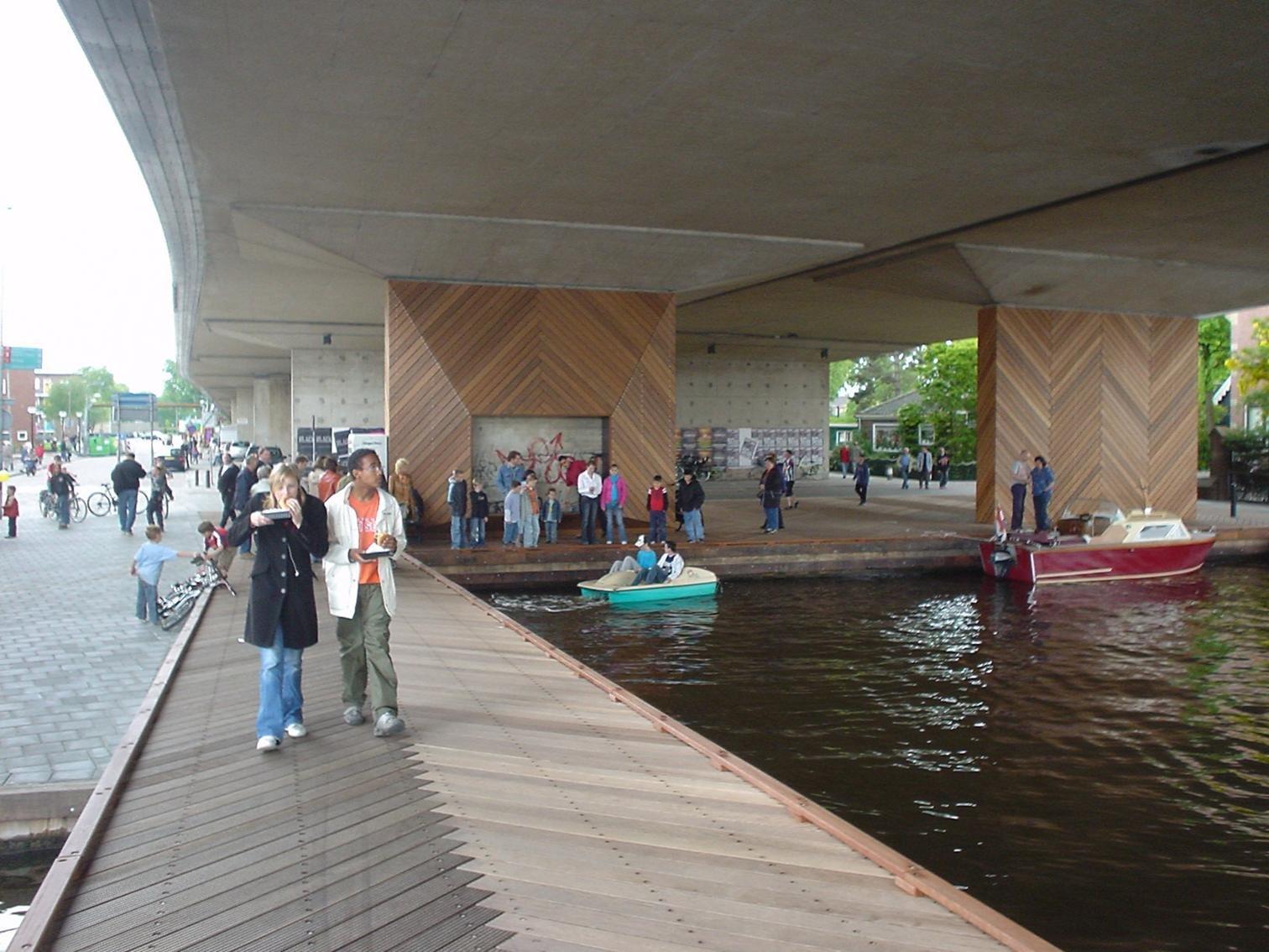 你见过哪些设计优秀的桥下空间? 知乎