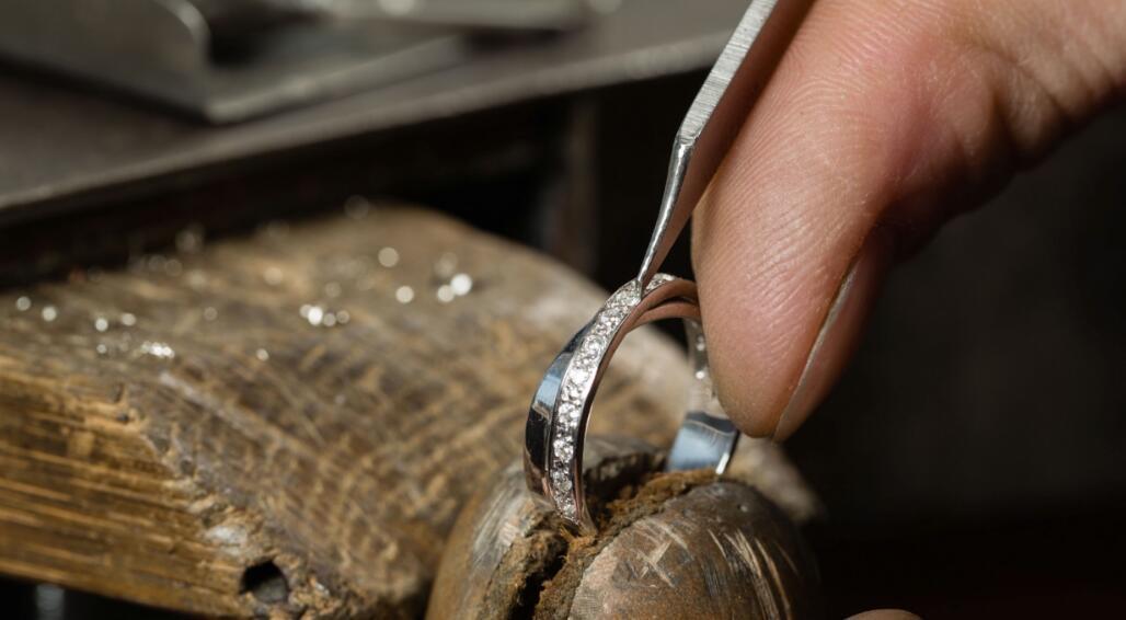 高档珠宝首饰维修的问题?