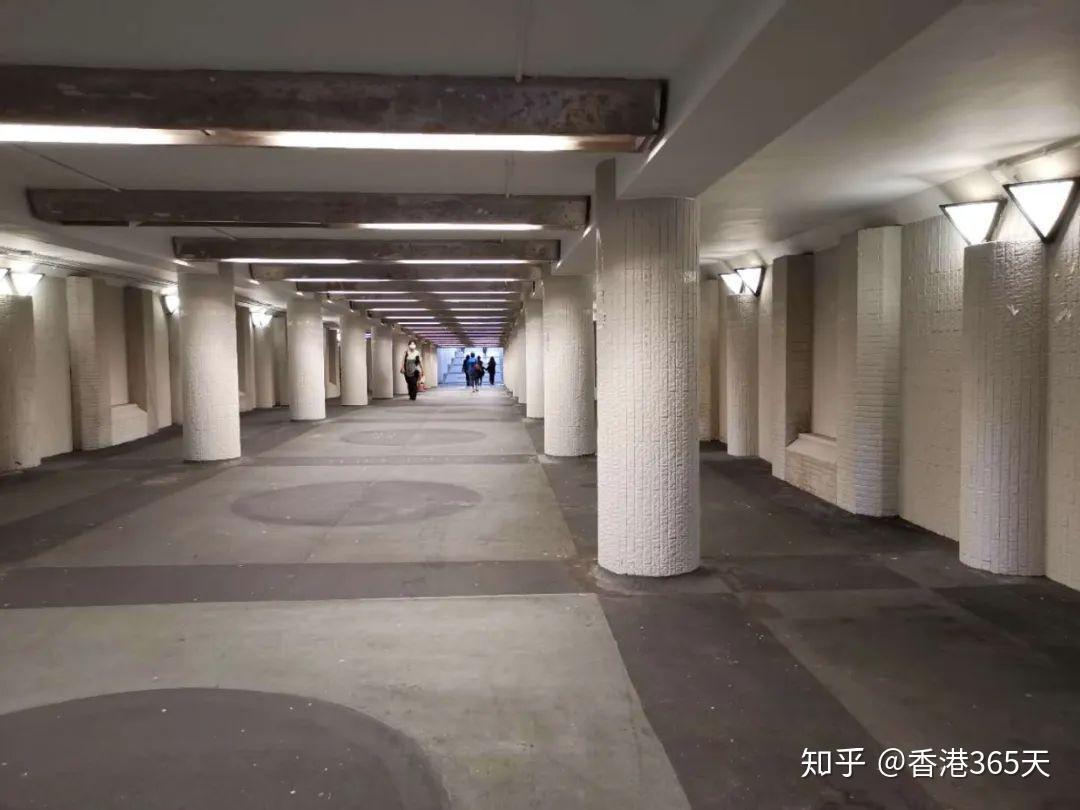金陵篮球架官网_香港晚上哪里热闹