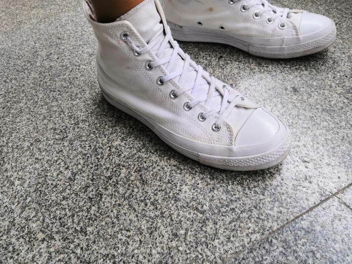 匡威鞋带系法_匡威高帮鞋带的骚气绑法?