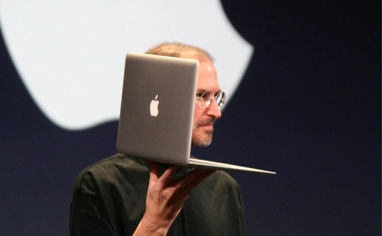 面对史上最混乱的 MacBook 产品线,我们该怎么买?