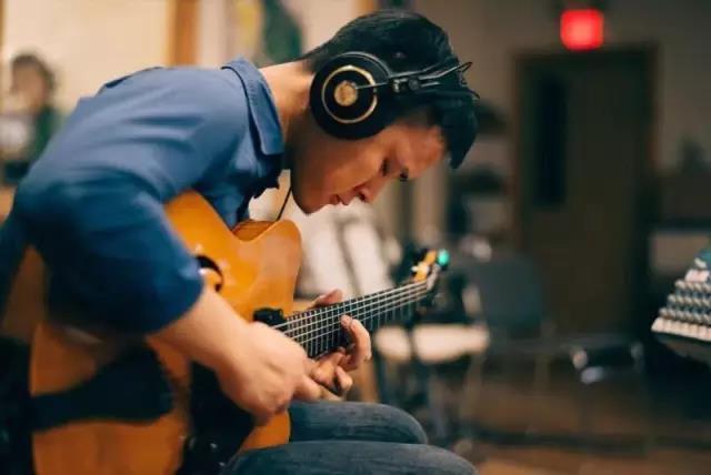 """为什么学习爵士吉他要强化""""级数""""思维?"""