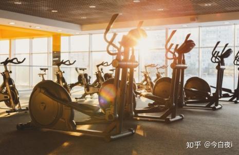 想在西安开个健身房,中端吧,想知道流程和预算