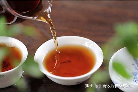 你能喝茶吗?你能喝蜂蜜吗?茶和蜂蜜喝点好吗?