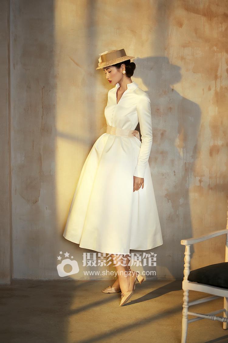 【M34】怀旧复古法式风格婚纱照PSD调色分层