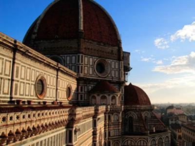 意大利留学基本生活费是多少一个月?