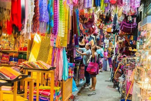 义乌 Night Market: 泰国真的太能买了! - 知乎