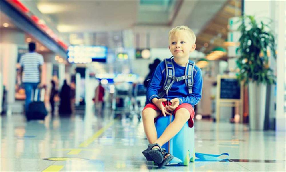 坐国内航空公司出国旅行,能带多少免费行李?