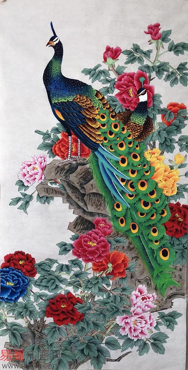 梦见孔雀进家里好吗 孔雀来家里预示着什么